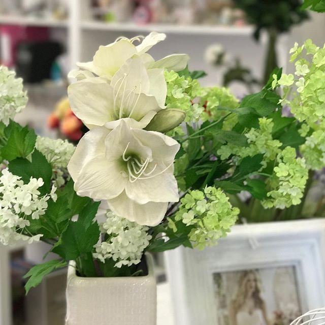 sandrabalducci fiori artificiali amaryllis e viburno