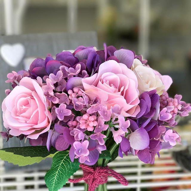 sandrabalduccifiori bounquet rose e ortensie real touch