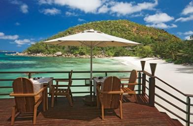 Beach Bar and Grill - Praslin Island