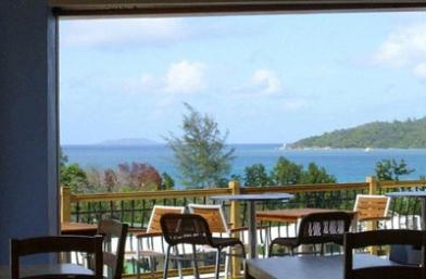 P K's @ Pasquiere Restaurant & Gastro Pub - Praslin Island