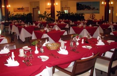 Pirogue Restaurant & Bar - Praslin Island