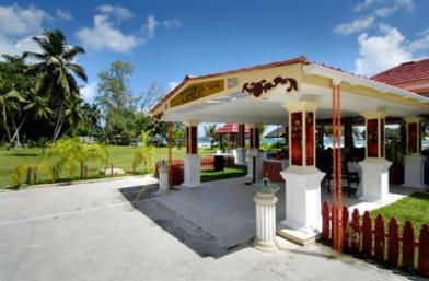 Pizzeria Berjaya Praslin Beach Hotel - Praslin Island