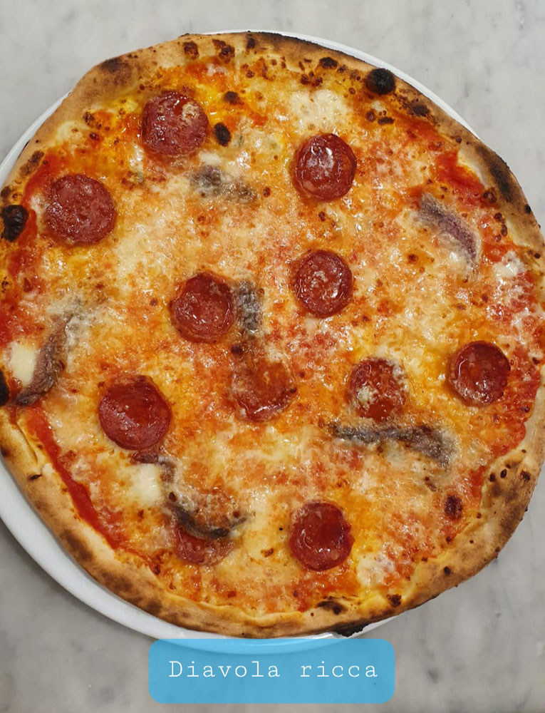 PIZZA DIAVOLA RICCA - La Fermata