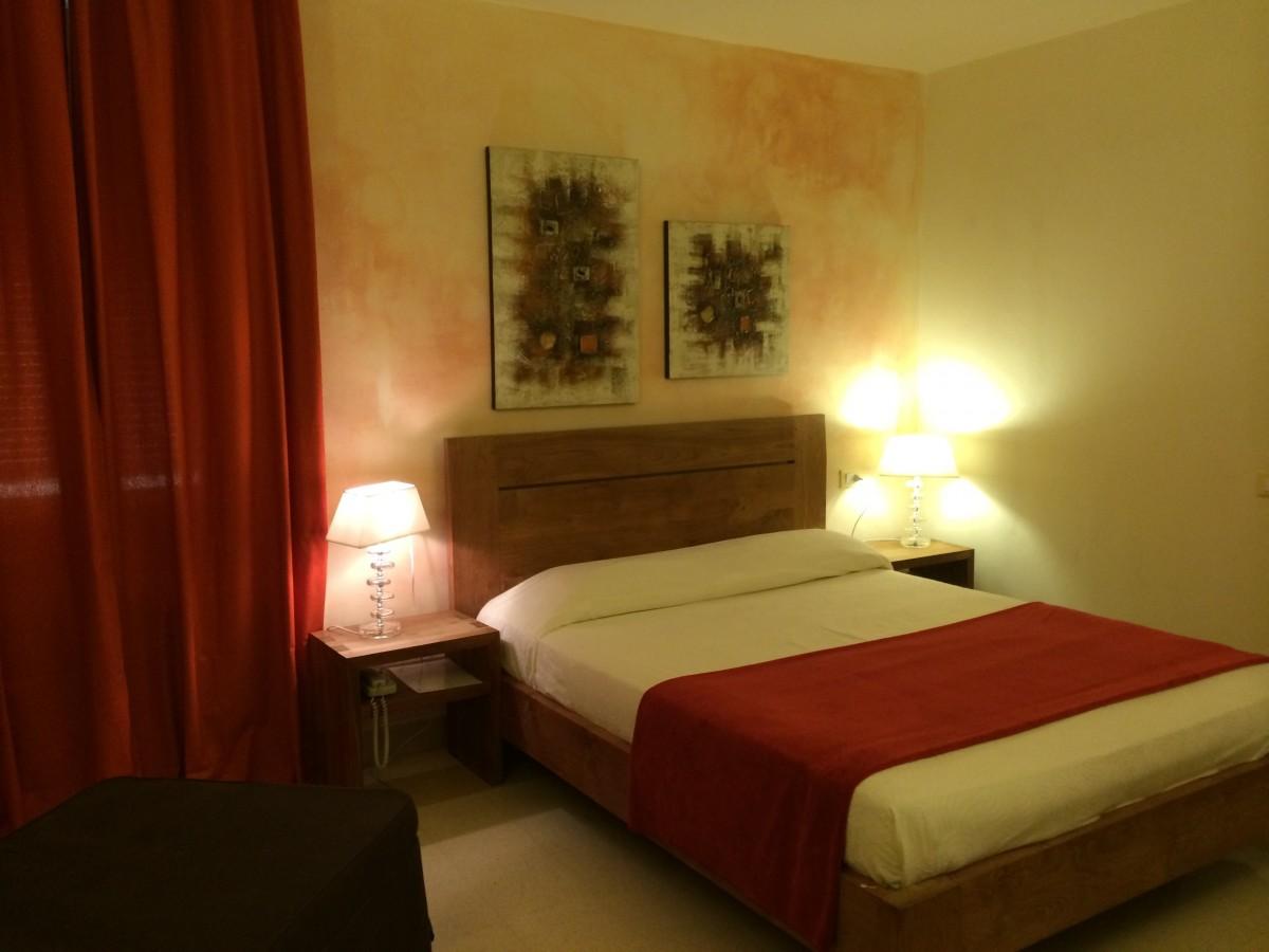 Verso le Botteghe - Hotel Relais  Al Convento
