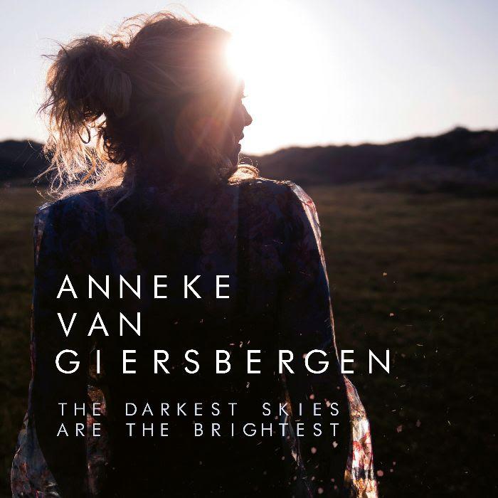 ANNEKE VAN GIERSBERGEN - esce