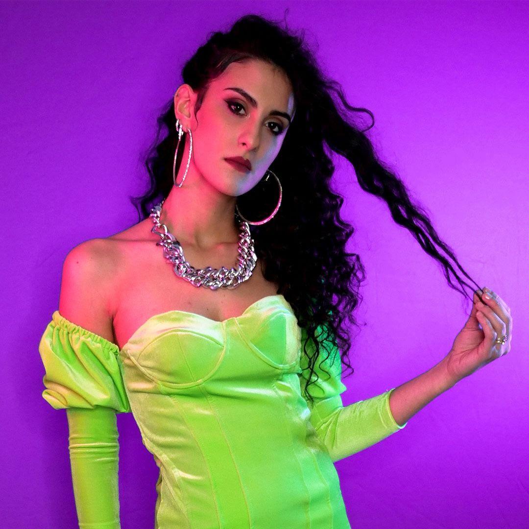 """Dal 29 gennaio è in rotazione radiofonica """"ETILENE"""" , il nuovo singolo di LORENZA."""