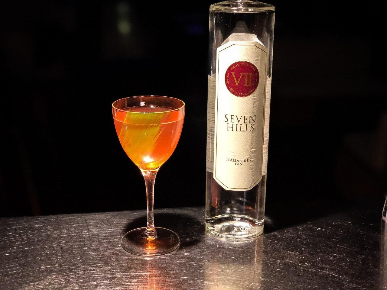 Drink cinema SEND IN THE CLOWNS ispirato a 'Joker', di Christian Costantino, Head Bartender del Marina Del Nettuno Lounge Bar di Messina