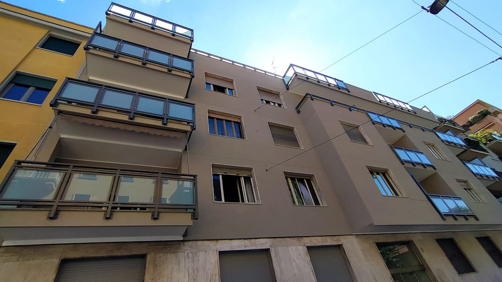 VIA SANFELICE 8 - Milano