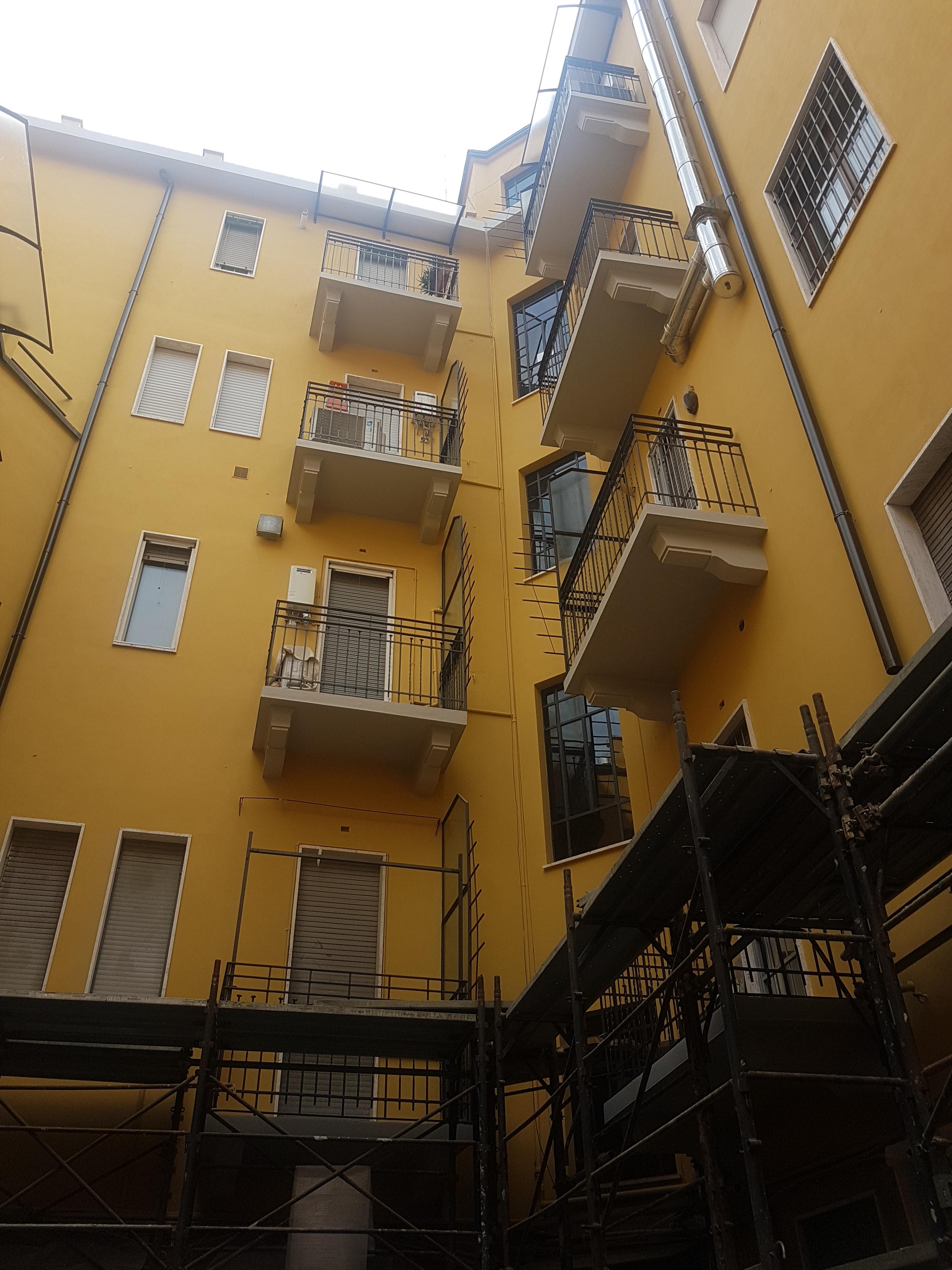 VIA PASQUALE SOTTOCORNO 3 - Milano